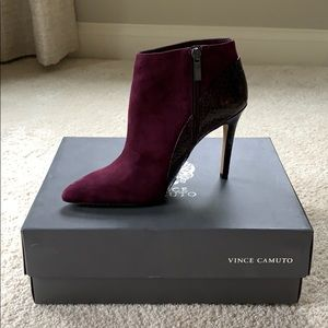 NEW IN BOX PLUM VINCE CAMUTO BOOTIES ‼️